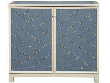 Vanguard Lynacres Upholstered Chest 9331-UH