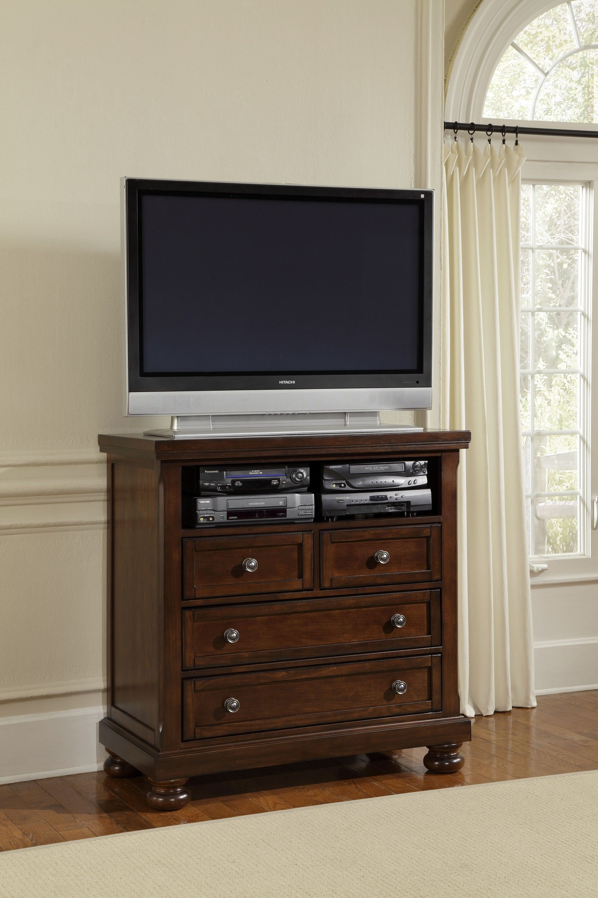 Vaughan Bassett Furniture Company Entertainment Center 530 114
