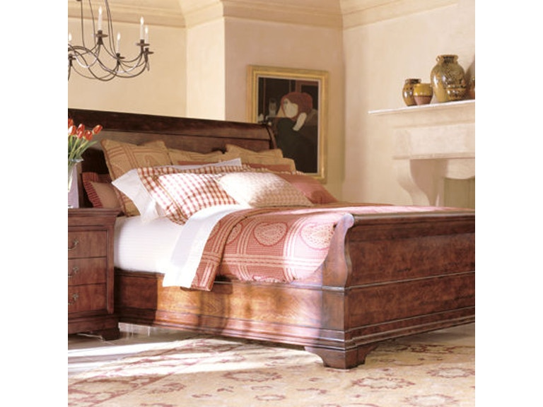 Henredon Bedroom Sleigh Bed, 6/6 (King) 6200-12-93 - Stacy ...