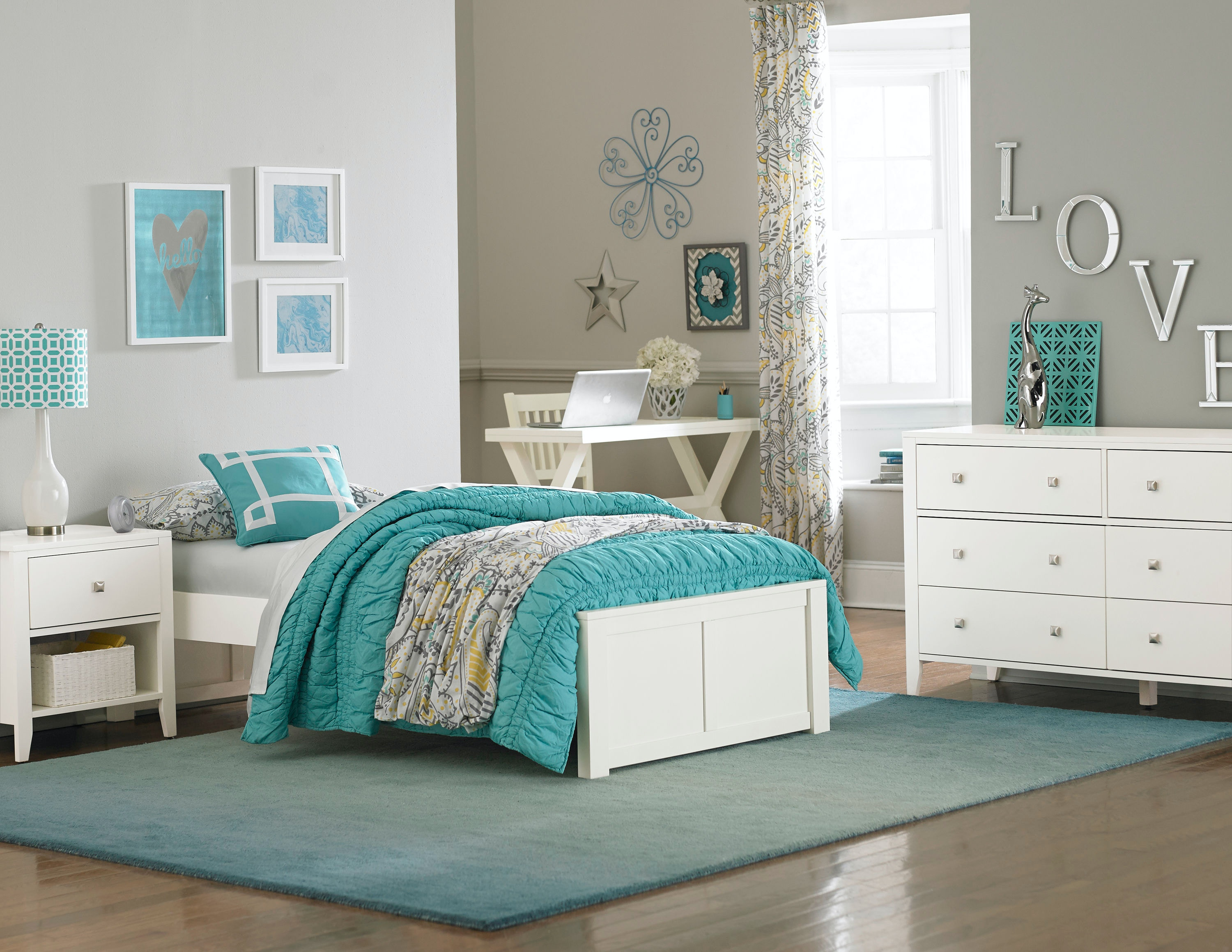 Hillsdale Kids And Teen Youth Pulse Full Footboard 33002   Carol House  Furniture   Maryland Heights And Valley Park, MO