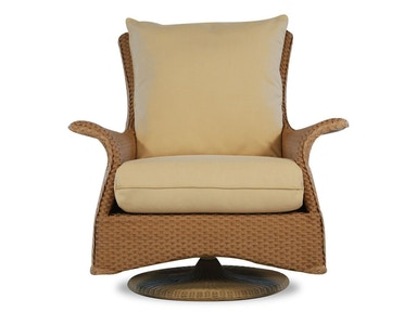 Lloyd Flanders Swivel Rocker