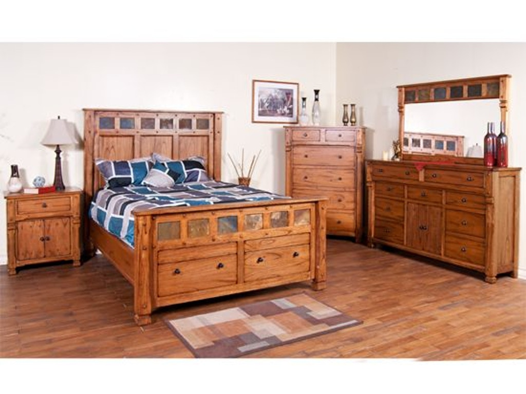 Sunny Designs Bedroom Footboard 2322ro Qf1 Erie Pa Meadville Pa At Seiferts Furniture