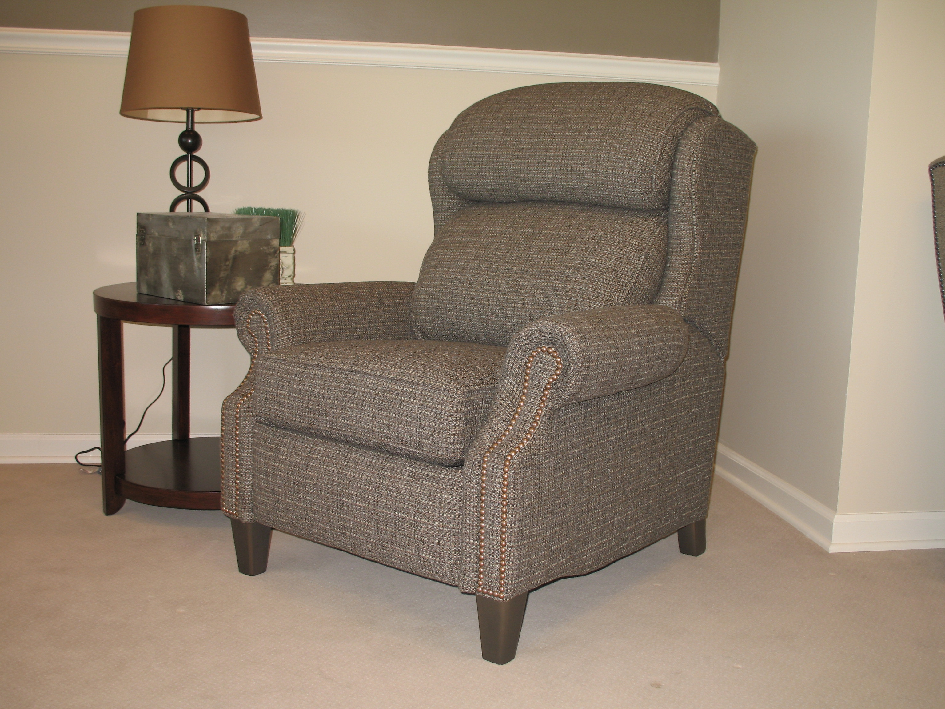 Smith brothers big tall motorized reclining chair 532 77