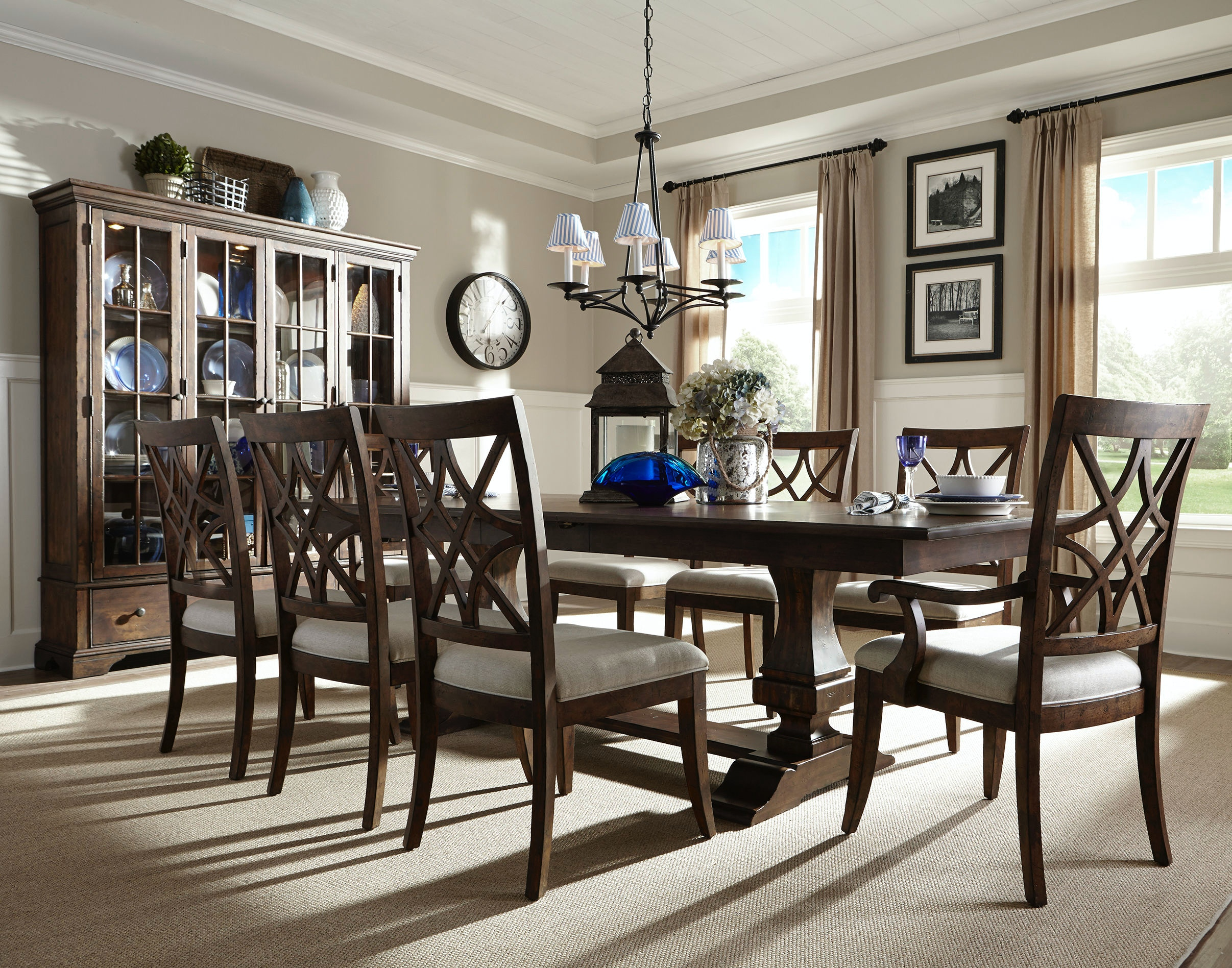 klaussner international dining room trisha yearwood 920 dining room rh klaussner hanksfurniture com
