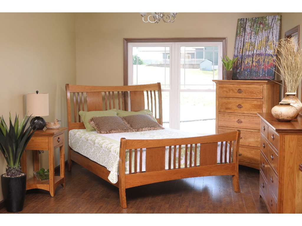 Yutzy woodworking bedroom highlands sleigh bed 55110 for Bedroom furniture raleigh nc