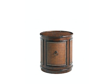 Tommy Bahama Home Sandpiper Round Lamp Table