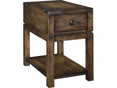 Broyhill Pike Place™ Chairside Table 4850-004