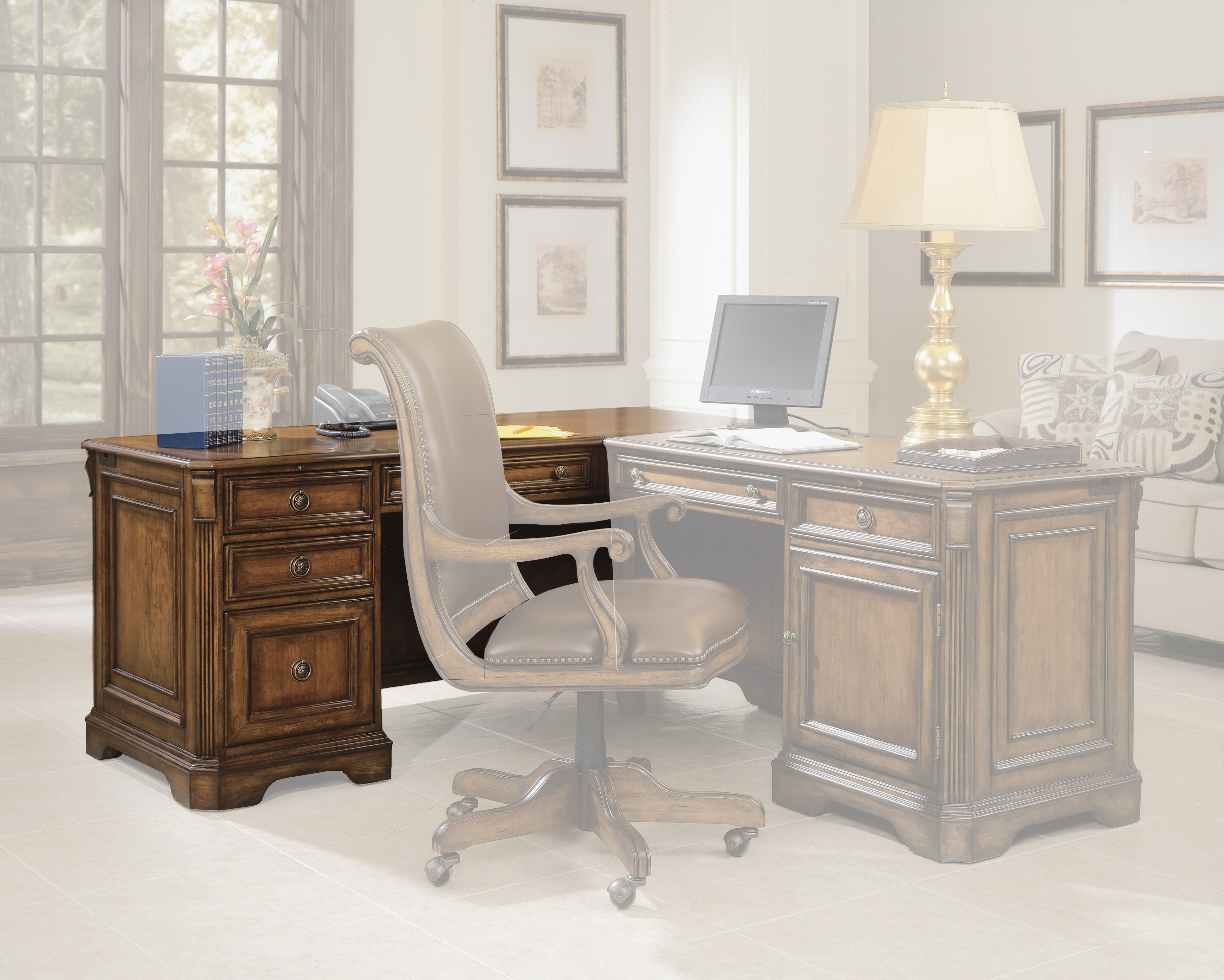 Hooker Furniture Brookhaven Left Pedestal Desk 281-10-468