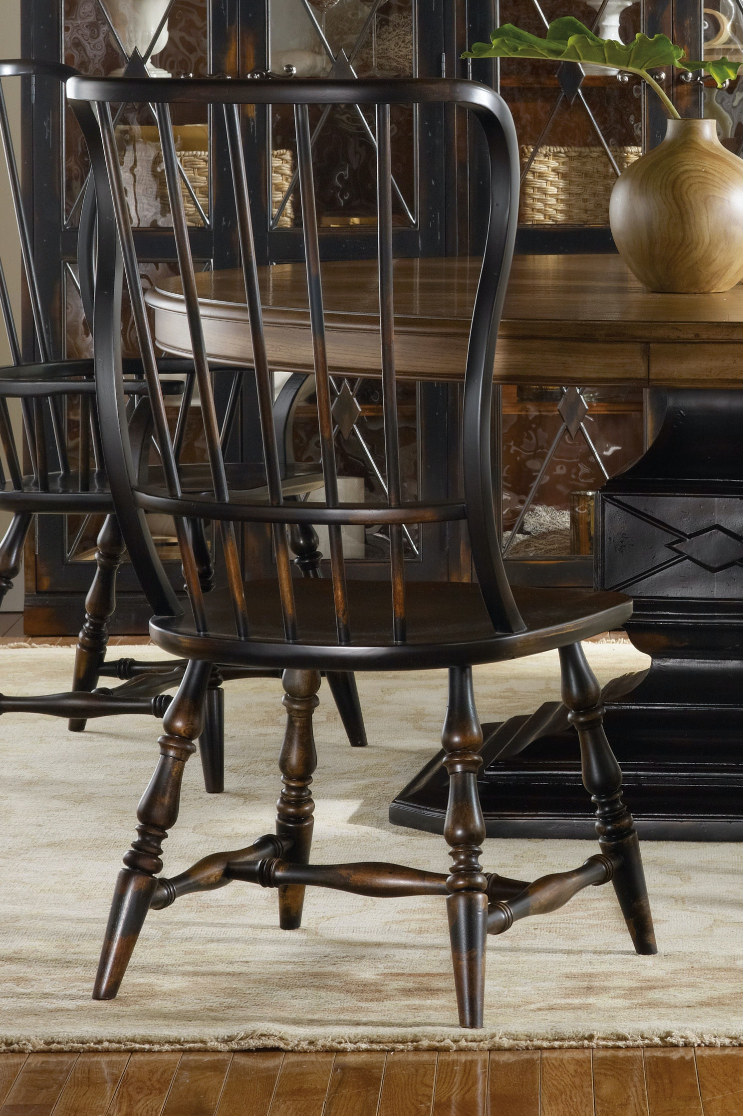 Hooker Furniture Dining Room Sanctuary Spindle Side Chair Ebony 3005 75310