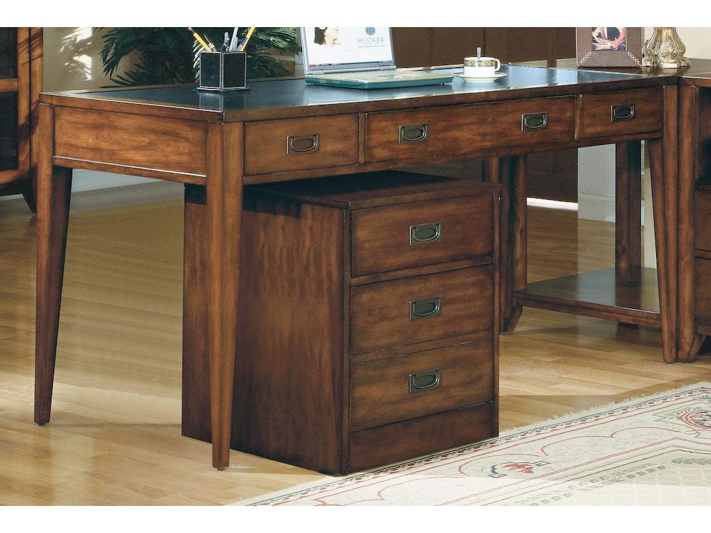 Hooker Furniture Home Office Danforth Executive Leg Desk