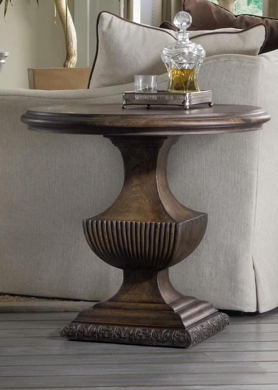 Hooker Furniture Bedroom Rhapsody Urn Pedestal Nightstand