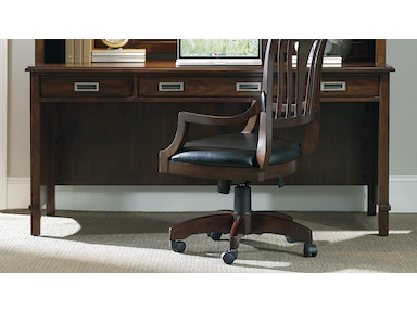 hooker furniture home office latitude executive desk 5167 10562 at