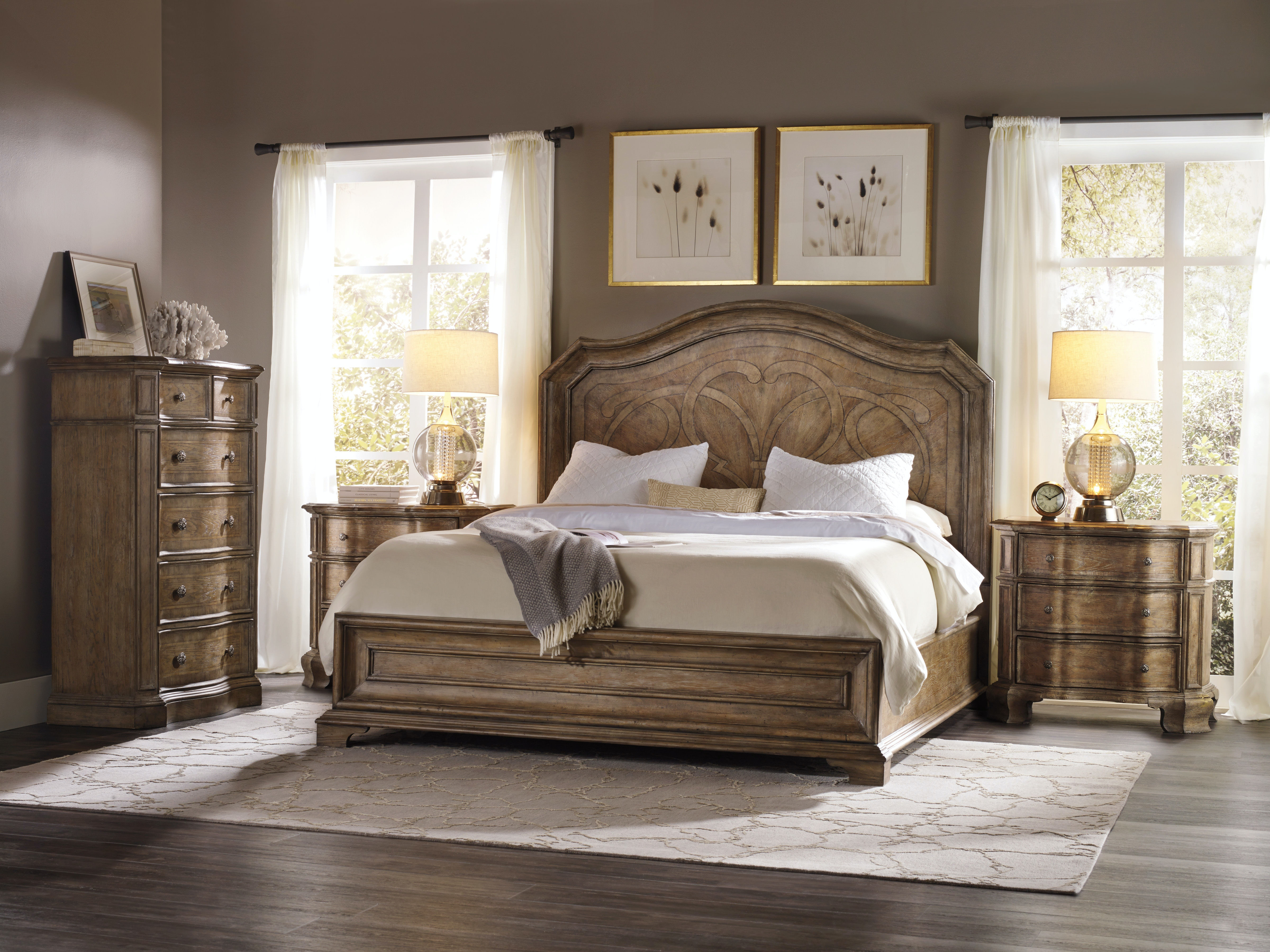Hooker Furniture Bedroom Solana Six Drawer Chest