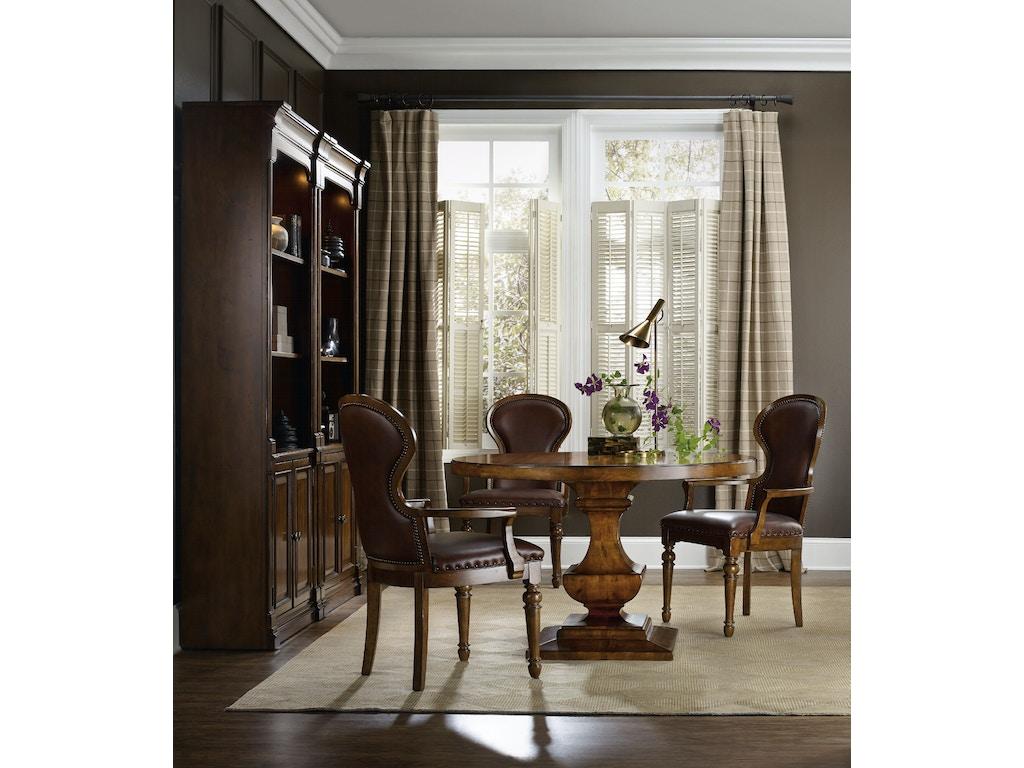 hooker furniture dining room tynecastle round pedestal dining table 5323 75203 stacy furniture. Black Bedroom Furniture Sets. Home Design Ideas