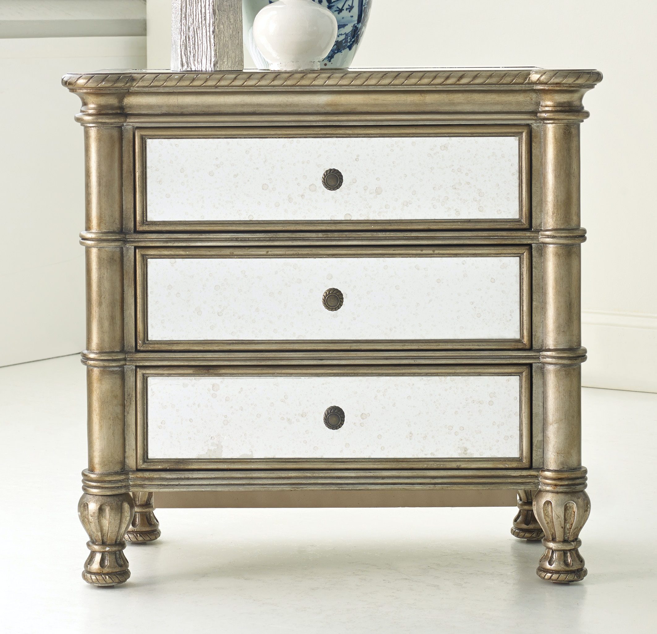 Hooker Furniture Montage Bedside Chest 638-90901