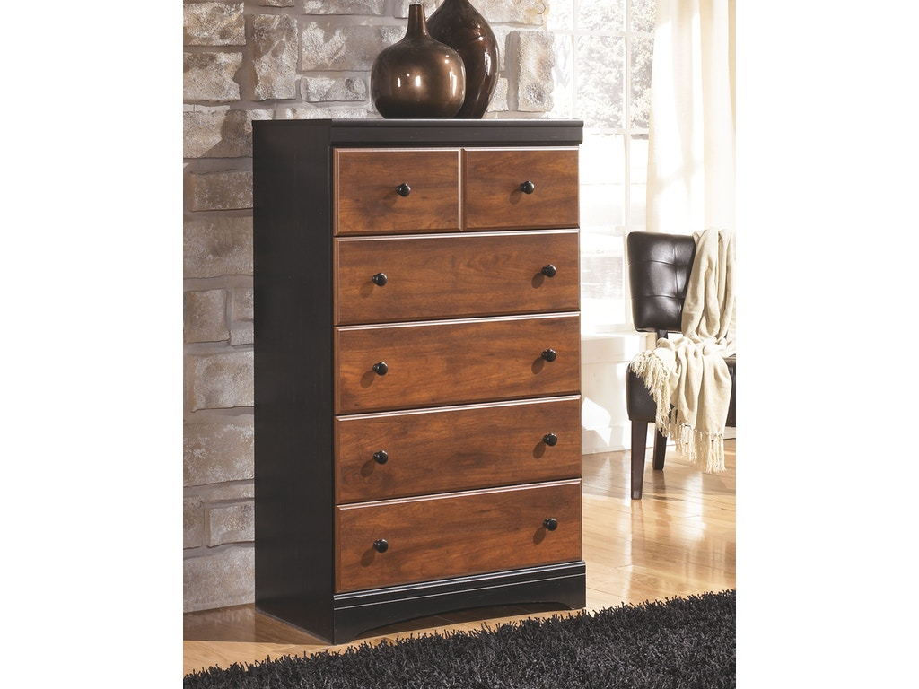 Signature Design By Ashley Bedroom Five Drawer Chest B136