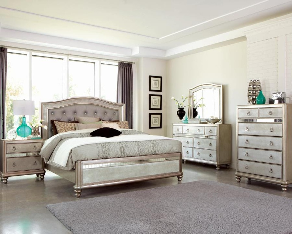 Coaster 5 Piece Queen Bedroom Set 204181Q-S5 - Davis ...