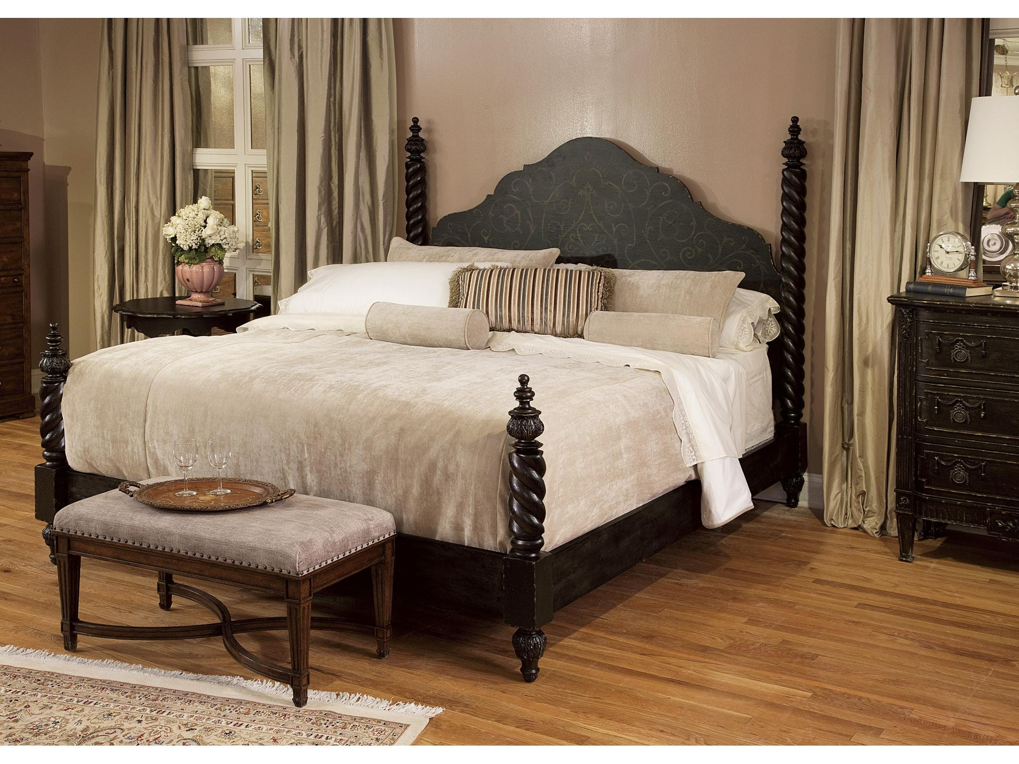 Fine Furniture Design Bedroom Bed Bench Vanderbilt 1340502