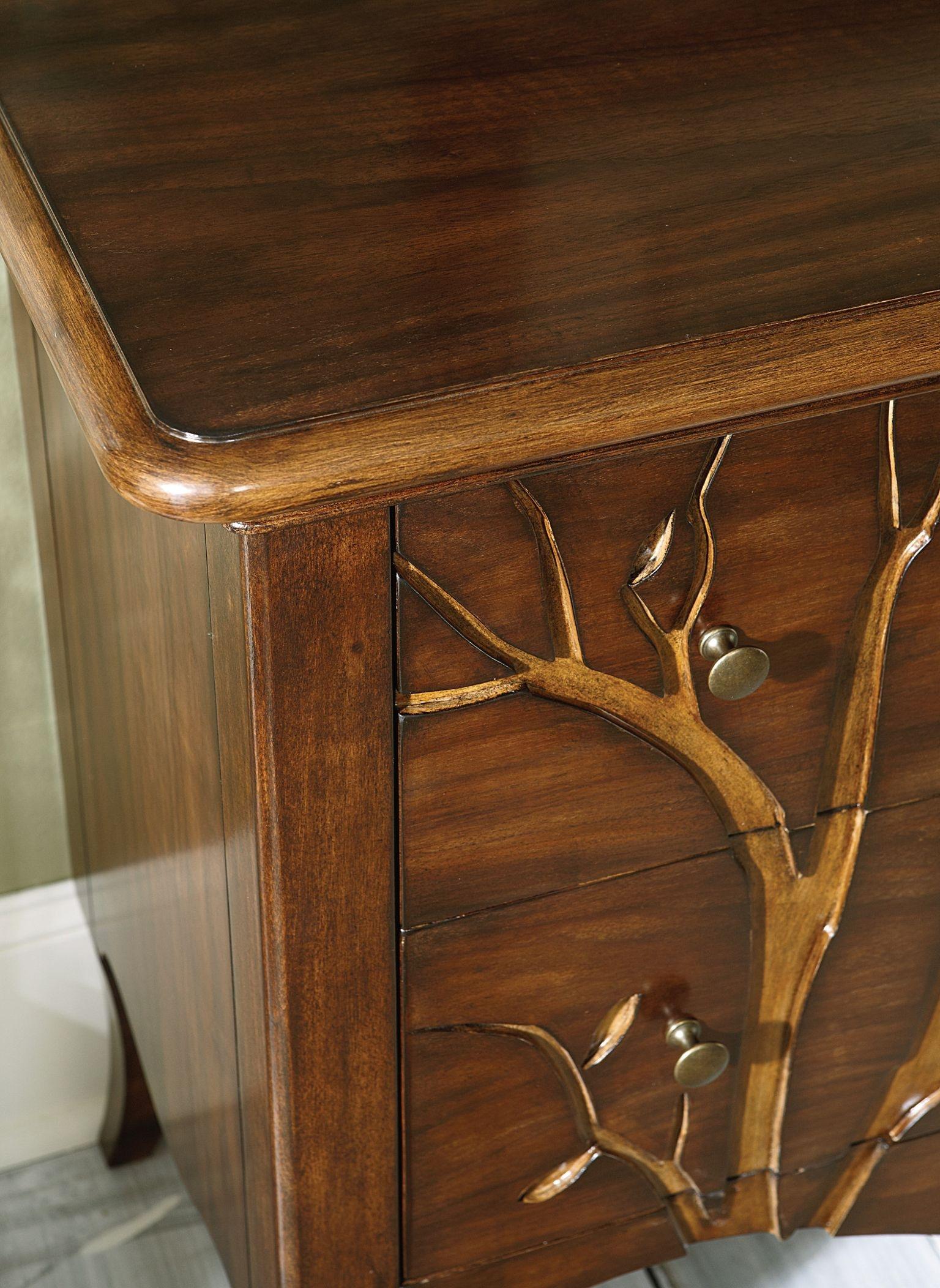 Hammary Drawer Cabinet 090 528