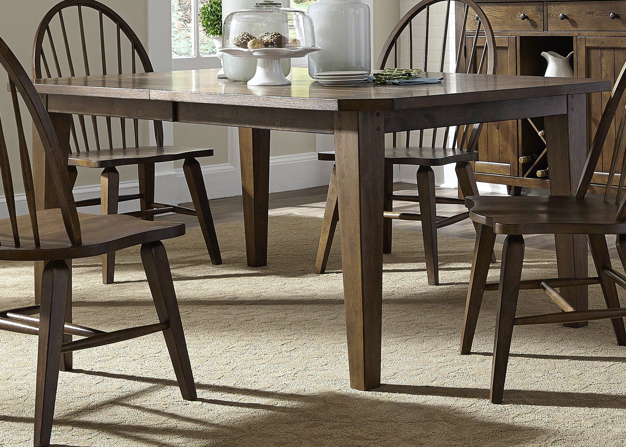 Liberty Furniture Dining Room Rectangular Leg Table 382