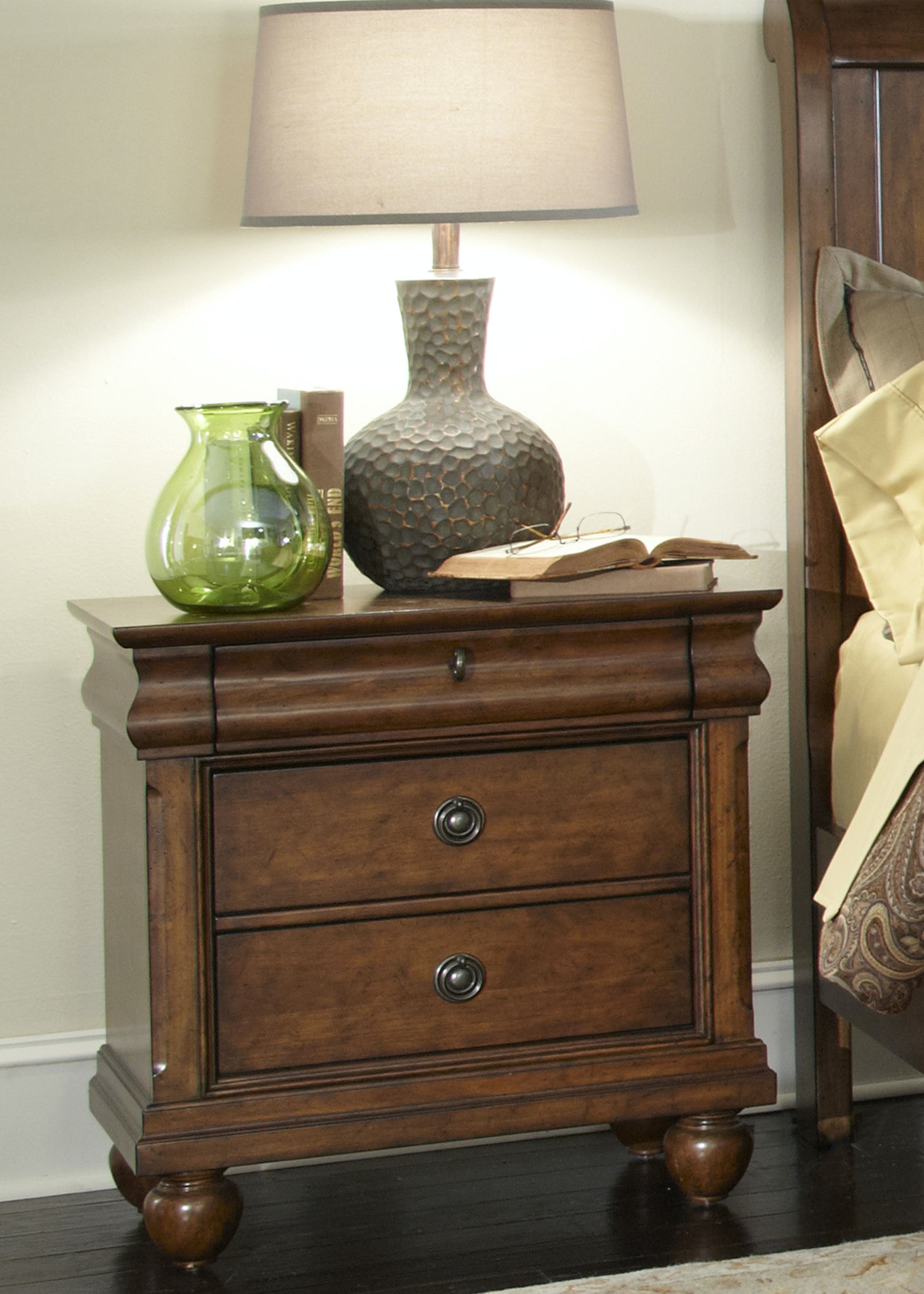Ordinaire Liberty Furniture Bedroom Night Stand