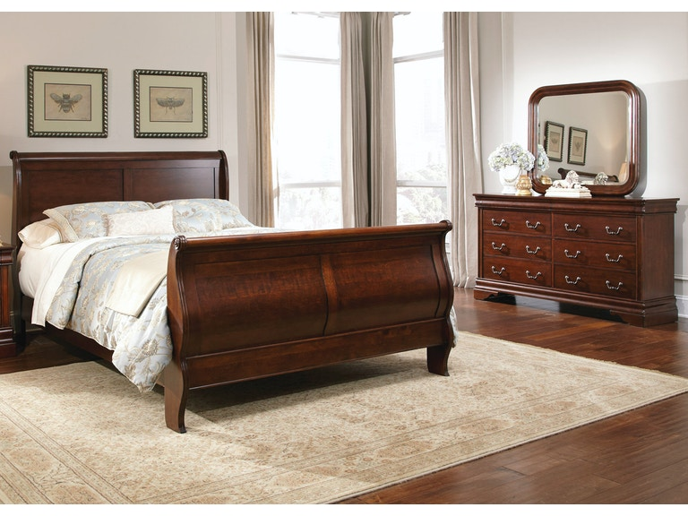 Liberty furniture bedroom queen sleigh bed dresser and mirror 709 br qsldm north carolina for North carolina furniture bedroom sets