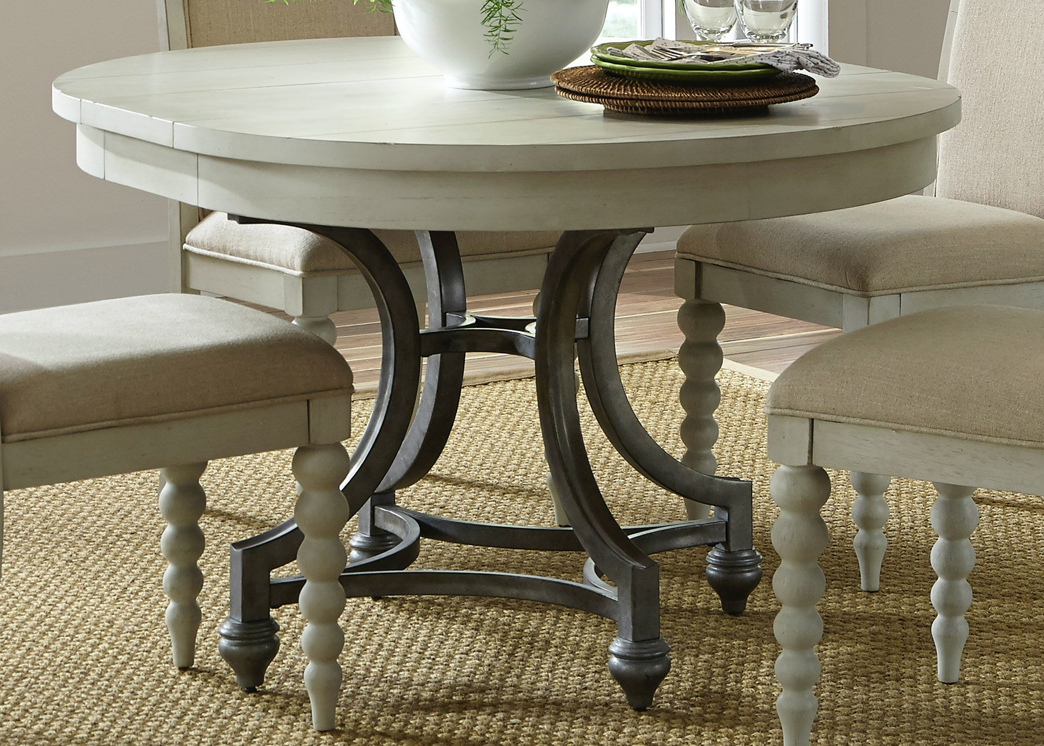 Gentil Liberty Furniture Dining Room Round Dining Table 731 T4254   Kaplans  Furniture   Elyria, OH