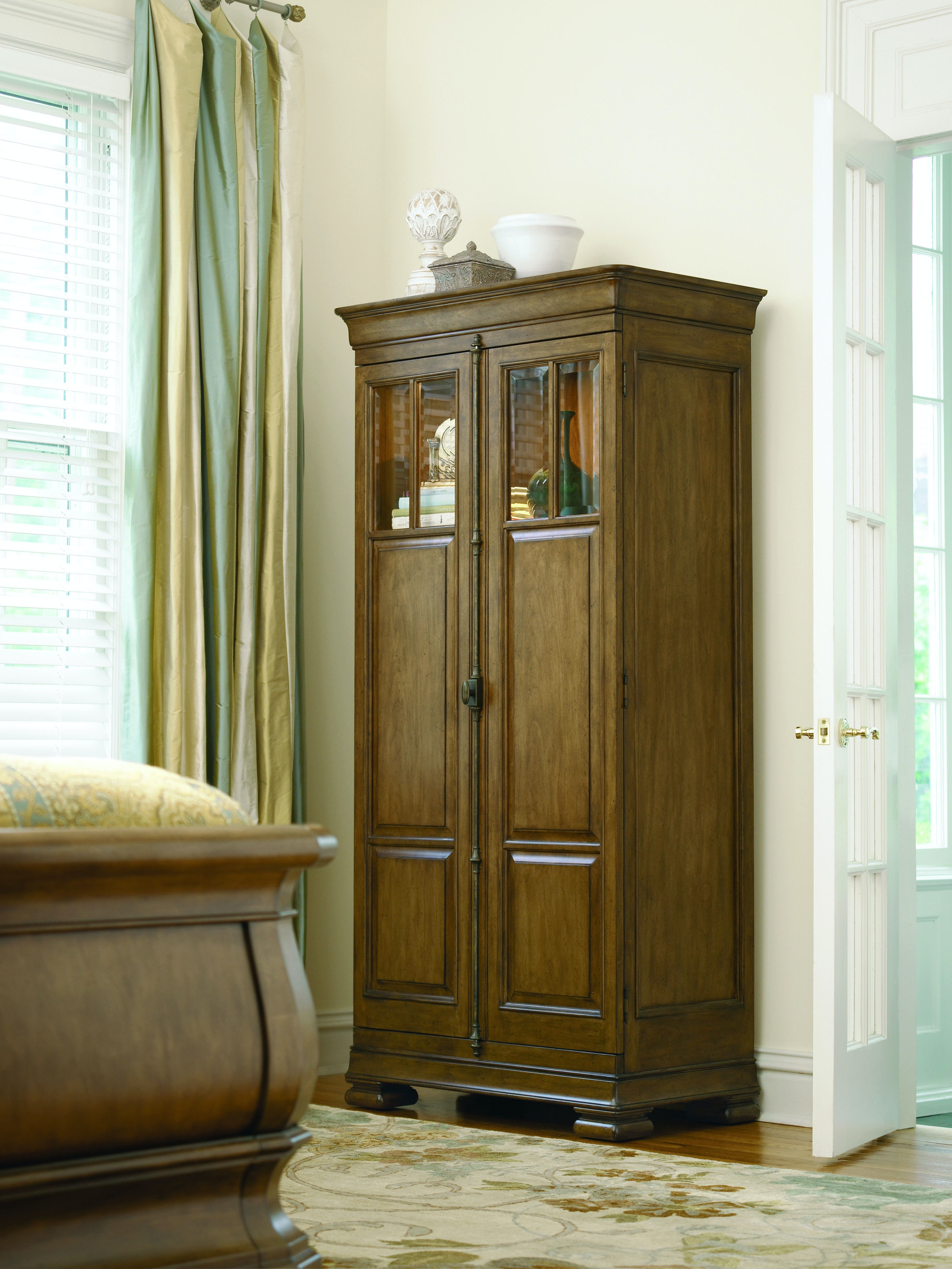 Universal Furniture Bedroom Tall Cabinet 071160   Stacy Furniture    Grapevine, Allen, Plano And Flower Mound, Texas