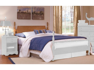Carolina Furniture Works Poster Bed 15724 Bed