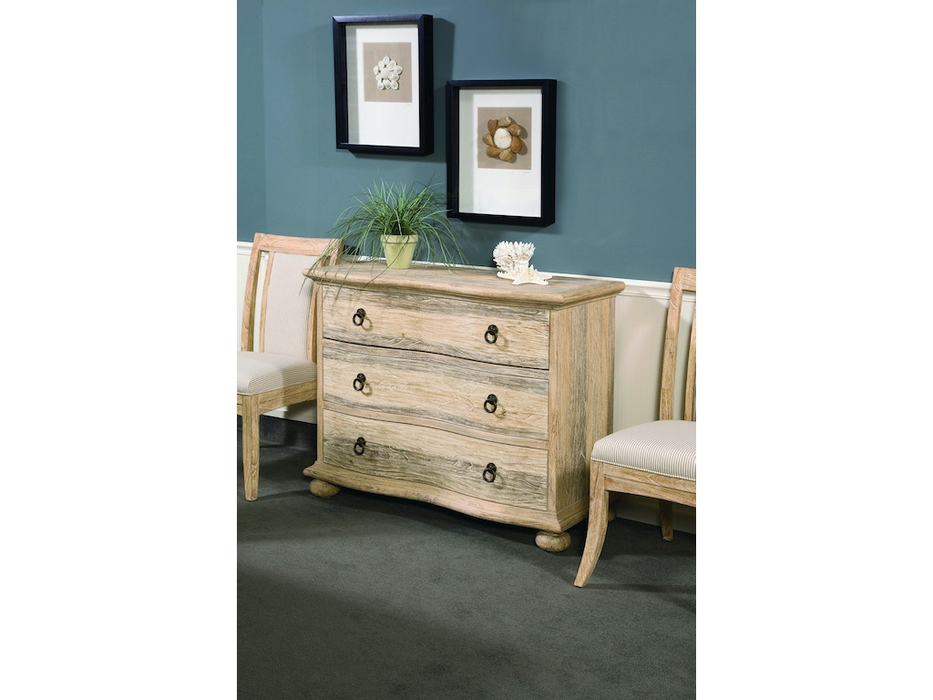 Braxton culler bedroom 3 drawer chest 2928 042 priba for Bedroom furniture greensboro nc