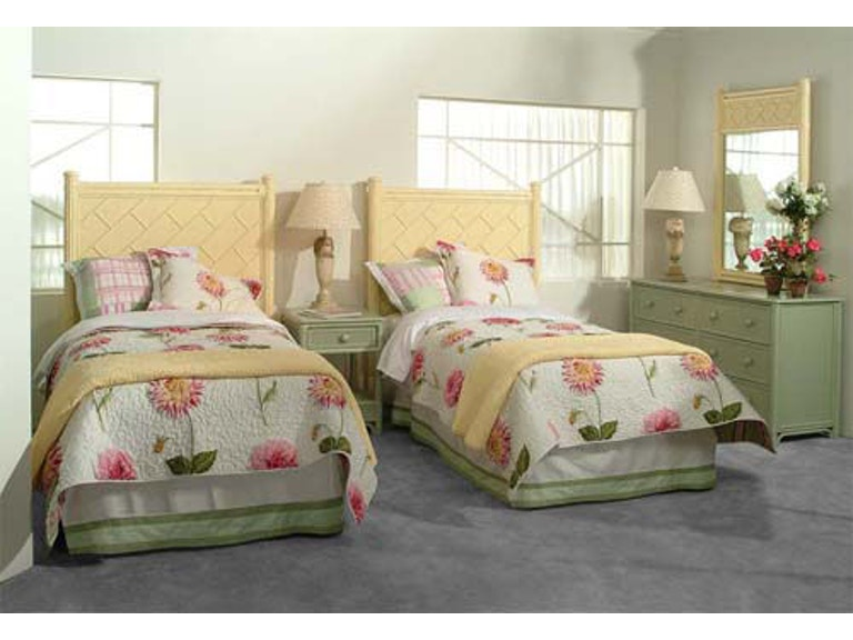 Braxton Culler Summer Retreat Chippendale Twin Bed Headboard 818-248 - Braxton Culler Bedroom Summer Retreat Chippendale Twin Bed