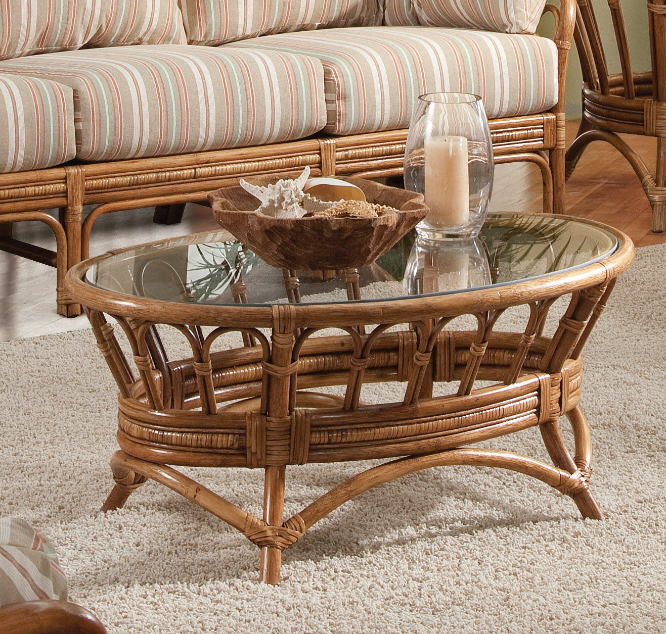 Moss Landing Oval Cocktail Table 901-023