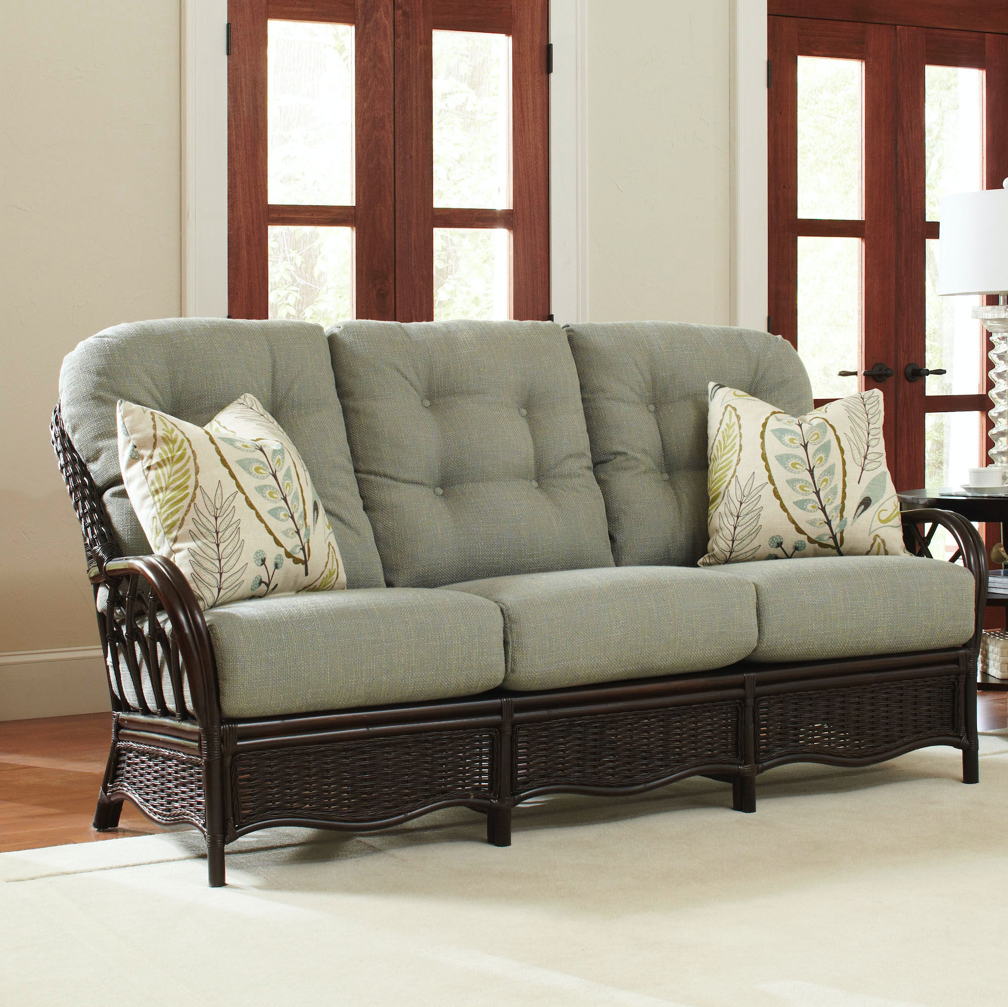 Everglade Sofa 905-011