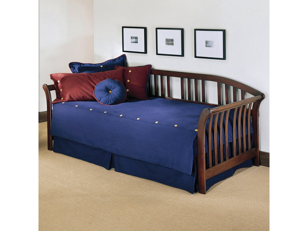 fashion bed group bedroom salem complete wood daybed with link spring and trundle bed pop up. Black Bedroom Furniture Sets. Home Design Ideas