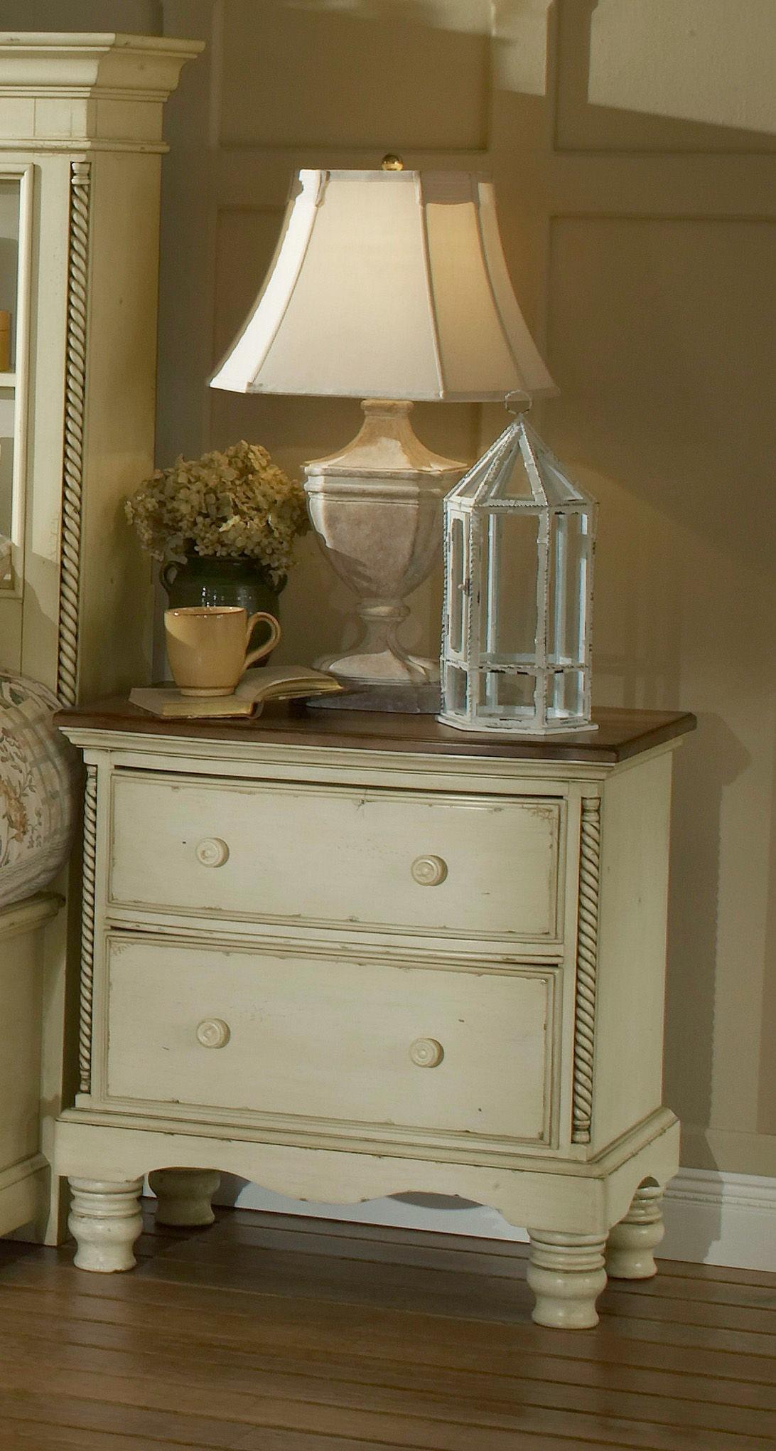 Hillsdale Furniture Bedroom Wilshire Panel Storage Bed King Rails Nightstand Dresser