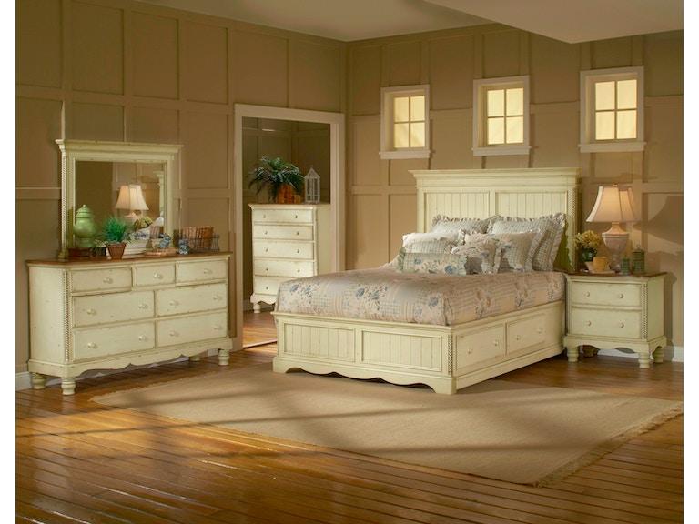 Hillsdale Furniture Bedroom Wilshire Panel Storage Bed - Queen ...