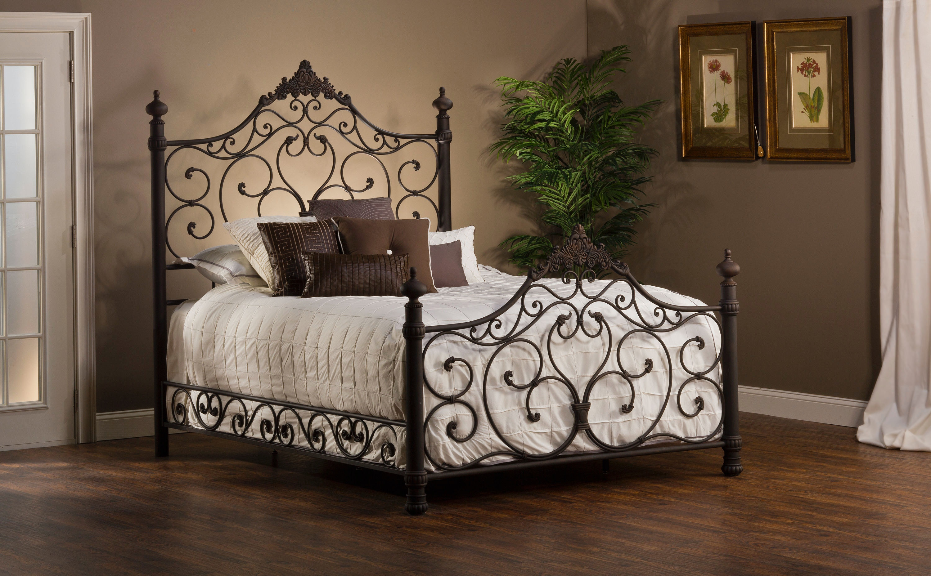 Hillsdale Furniture Bedroom Baremore Bed Set   Queen   With Rails