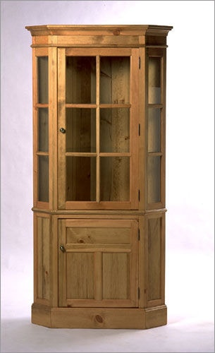 Southern Craftsmenu0027s Guild Glass Front Corner Cupboard 3712