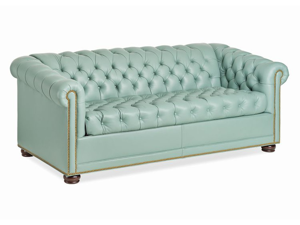 Hancock Amp Moore Living Room Chesterfield Sleep Sofa 6172