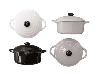 Creative Co-Op Round Stoneware Mini Baker with Lids DA2323A