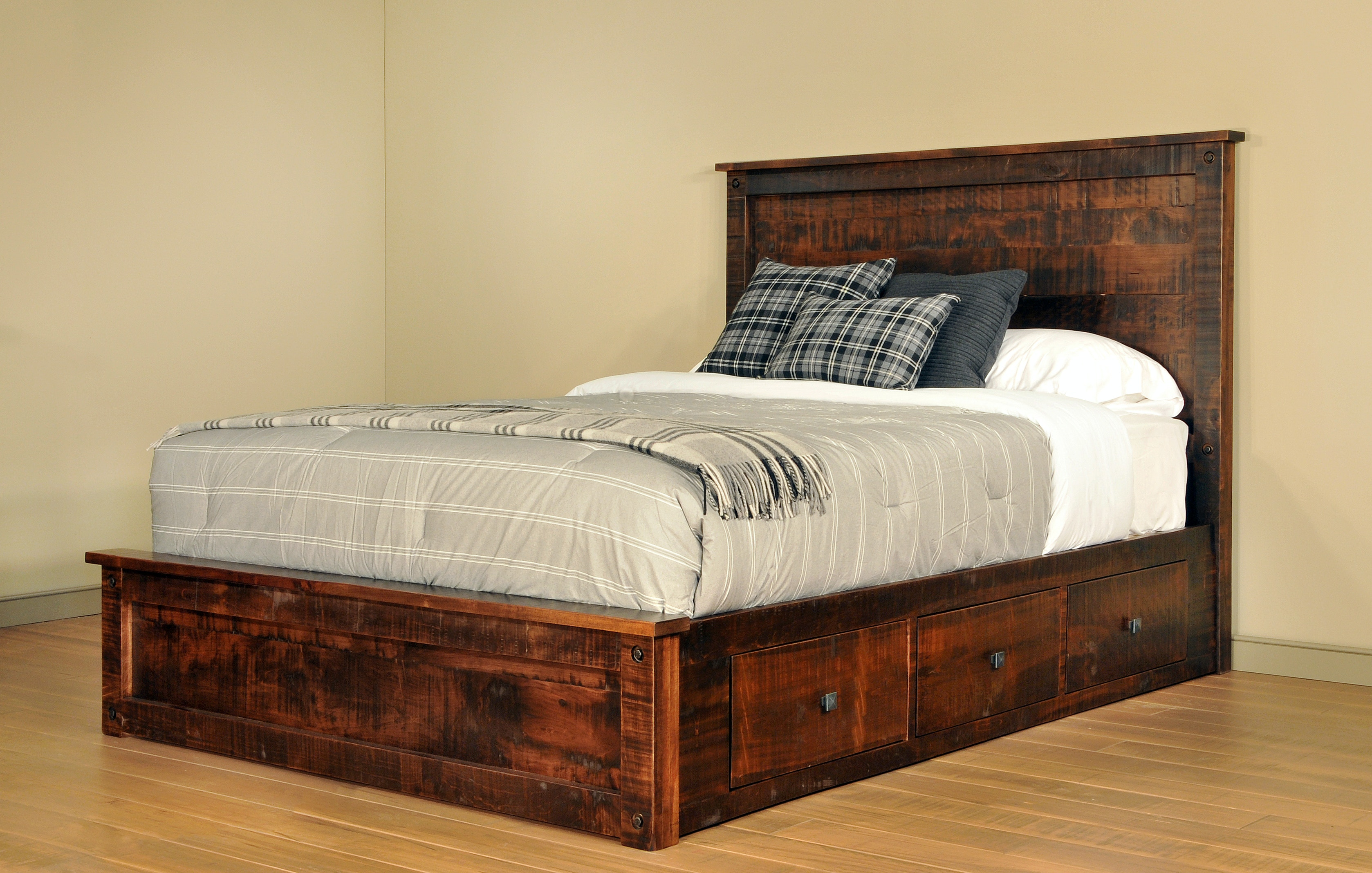 Ruff Sawn Bedroom Muskoka Bed S MKKK55483   High Country Furniture U0026 Design    Waynesville, Asheville And Hendersonville, NC