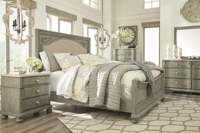 Ashley SIX PIECE QUEEN BEDROOM SET RSPKASB644A