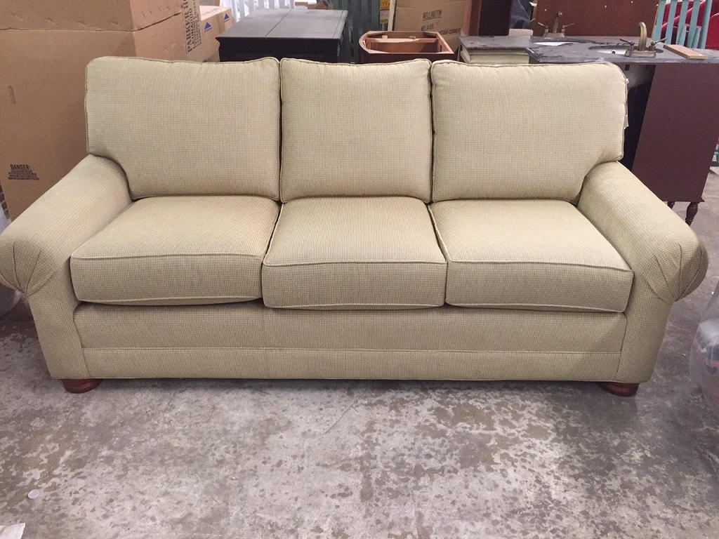 Charming Living Room Masterfield Sofa 59000 02 At Rider Furniture