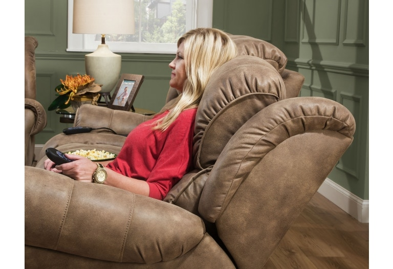 Home Stretch  Custom Comfort  Power Wallsaver Recliner 146-97-15 & Home Stretch Living Room