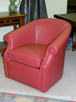 Carolina Custom Leather Custom Swivel Chair 135 135-Chair  sc 1 st  Galeries Acadiana & Carolina Custom Leather Furniture - Galeries Acadiana - Baton ... islam-shia.org