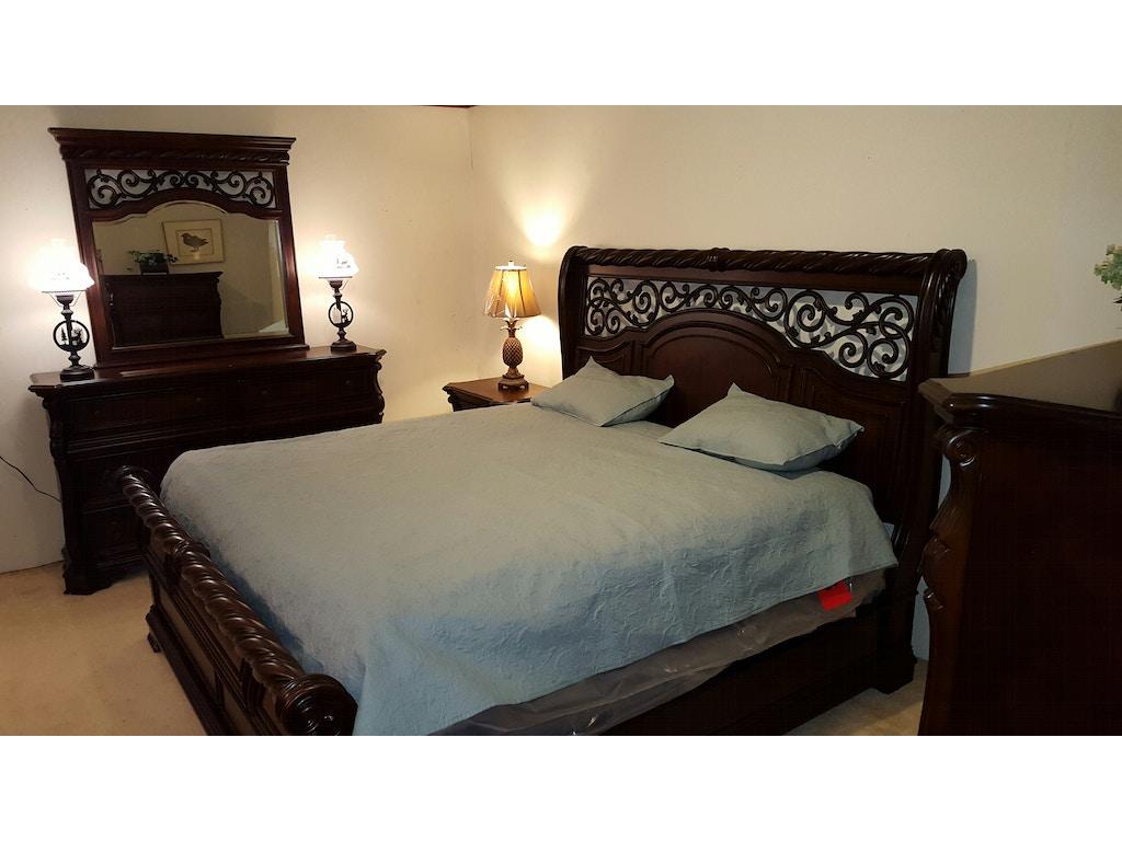 Liberty Furniture King Size Master Bedroom Set 575 Erie Pa Meadville Pa At Seiferts Furniture
