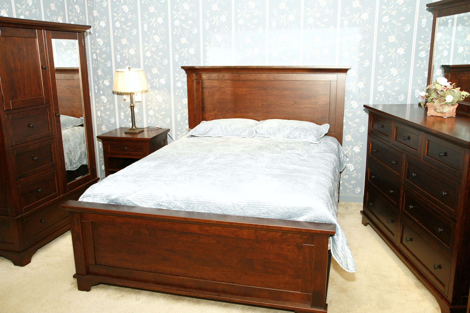 Troyer Ridge Bedroom Amish Made Master Bedroom Sets