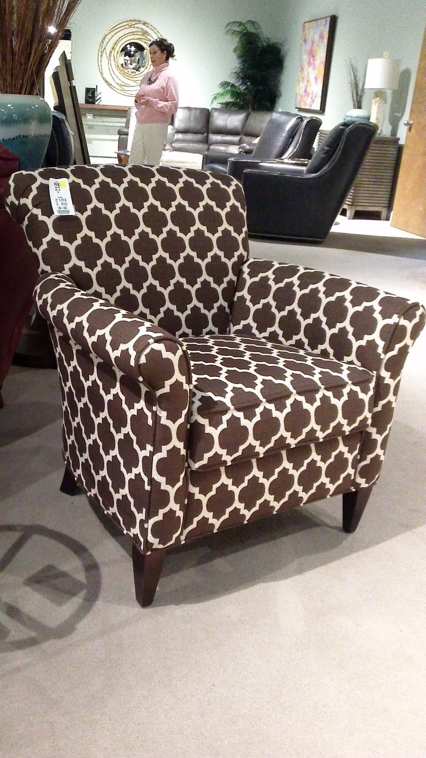 Clearance Chair PR0522 001