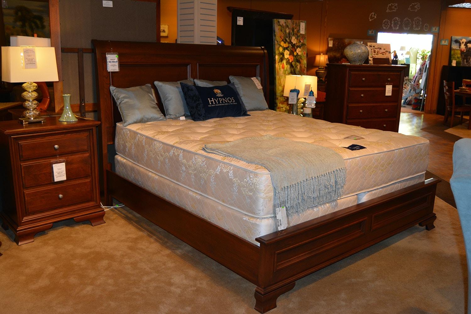 Danielu0027s Amish King Bedroom Set 30 80K SET