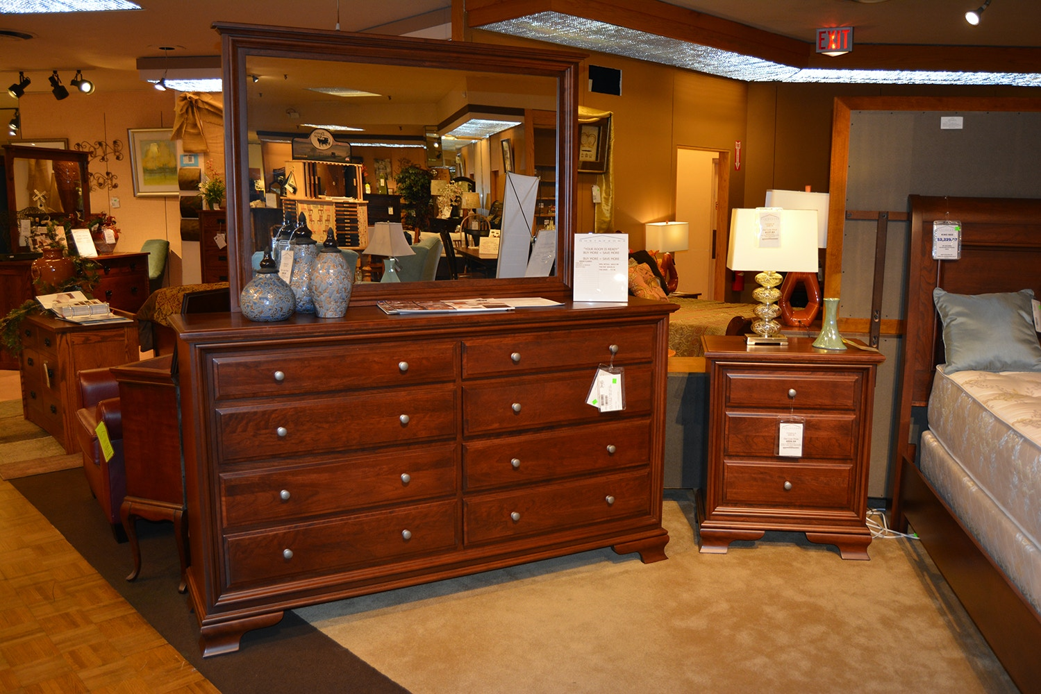 Bedroom Sets Rockford Il daniel's amish king bedroom set 30-80k-set - gustafson's furniture
